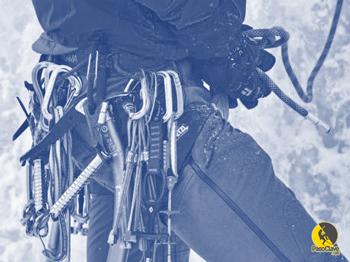 arnés para escalada en hielo
