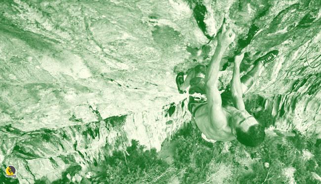 Novato Marín escalando en Rodellar