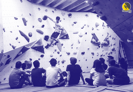 entrenamiento de escalada para niños