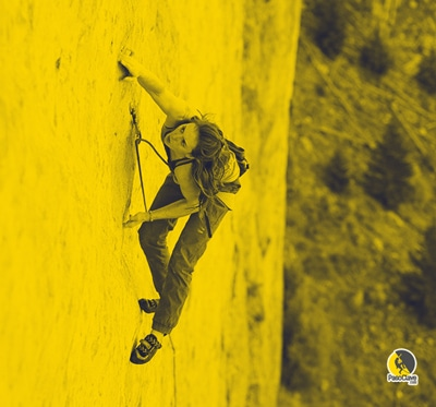escaladora con una buena técnica de pies