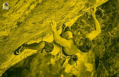 escalador entrenando hasta el límite físico o fallo mecánico muscular