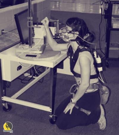 Escaladora participando en un estudio científico